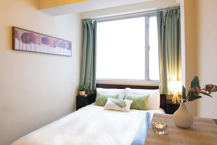 Nice&Clean! Affordable serviced 1BR, 2min to MTR