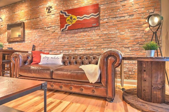 Modern Suite in Heart of Historic Soulard