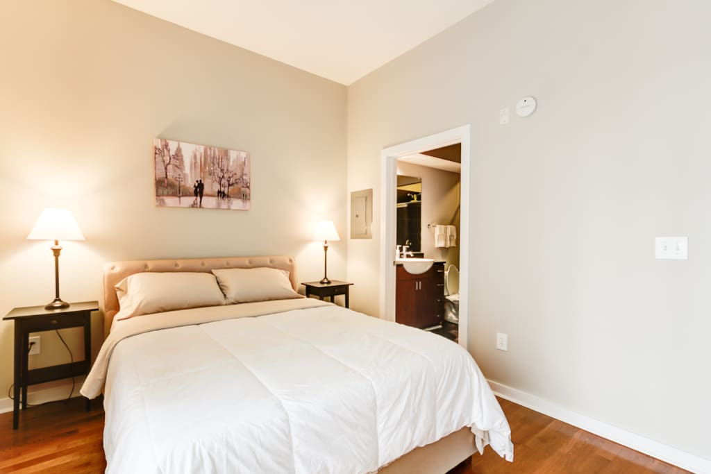 Luxury Condo In Heart Of Charlotte Condominiums For Rent In Charlotte Nor