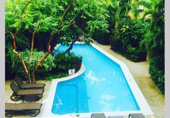 Gorgeous pool in Getsemani - Cartagena - Apartment