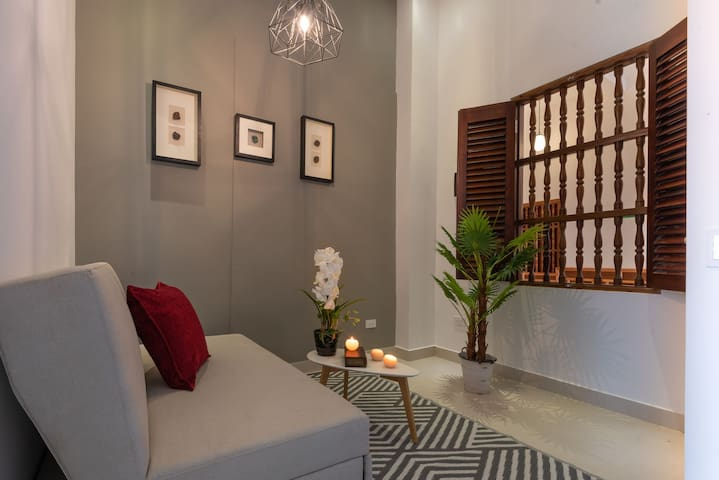 Ganem Suites – Modern 1BR Suite in the Heart of the Old City 313B