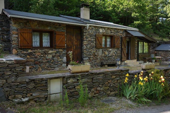 maison gite de montagne en ariege