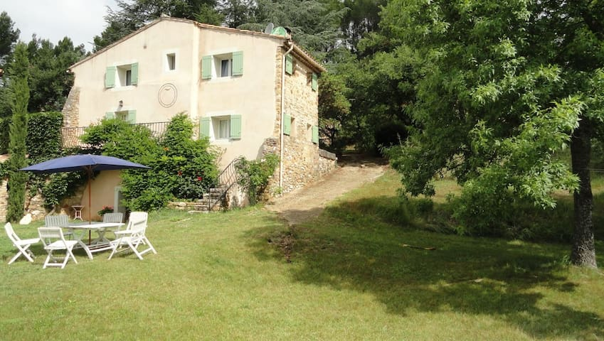 Maison avec piscine dans le Luberon - Gignac - House
