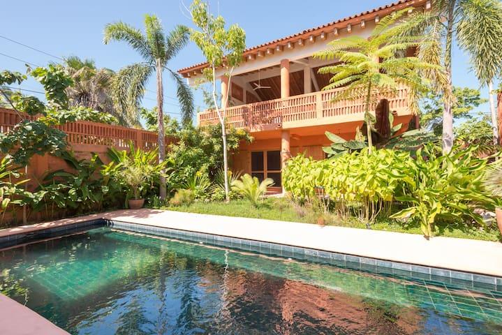 PUNTA MITA BEAUTIFUL HOME W/ PRIVATE POOL FOR SIX