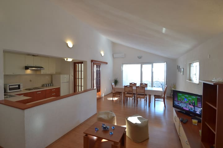 Apartment MARIL  :) - Sveti Filip i Jakov - Lägenhet