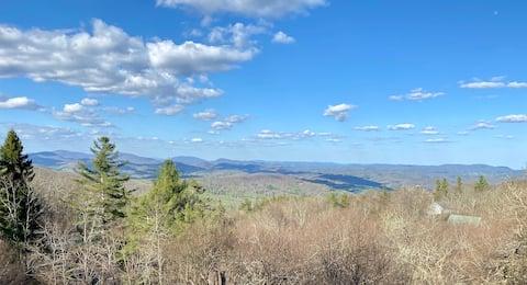 Breathtaking Blue Ridge views: 7 min from Boone!