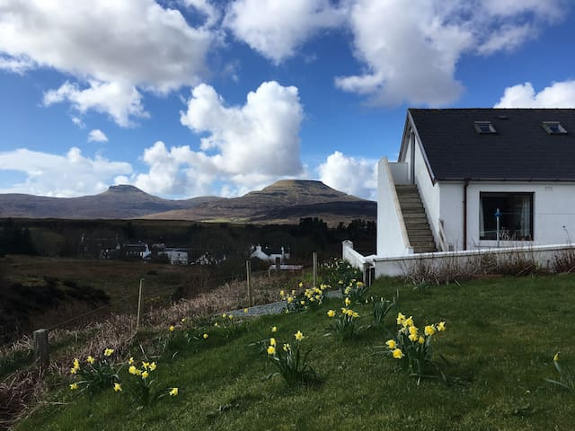 Romantic Loft Apartment in Dunvegan
