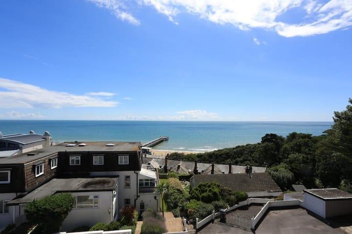 BOURNECOAST: Apartment with SEA VIEWS - FM3355