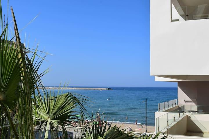 Beach & City apartment