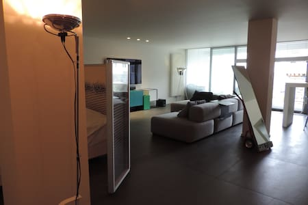 Modern loft located in the heart of Mechelen. - Mechelen - Loft