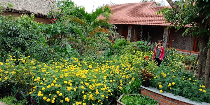 Dormitory Bungalo with Flowers Garden  & Lake view