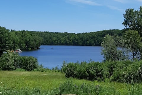 Coe Hill, Ontario. Lakeside country setting.