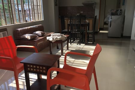 Beinte Singko de Marso 202 apartment