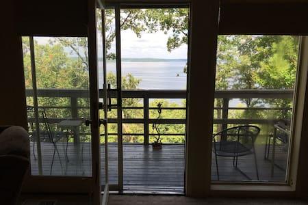 Gene's Dream: Skiatook Lakefront Retreat