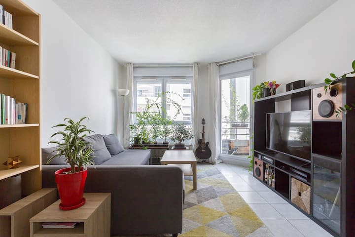 Bright apartment 10 minutes from Bellecour