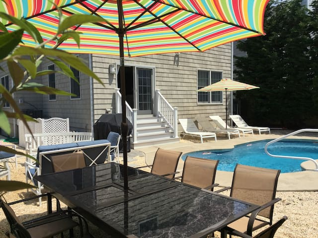 PT PLEASANT BEACH-HEATED POOL 2020 bookings 3/15