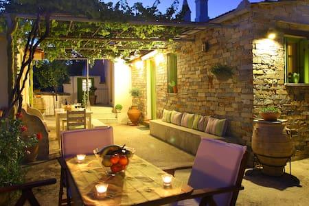 Kalyvi Cottage - Skopelos