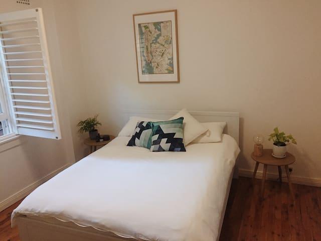 Queen Room in Beautiful Bellevue Hill - Bellevue Hill - Apartament