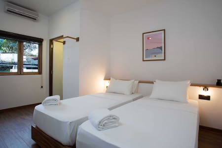 Moss B&B Twin Room - Colombo - Bed & Breakfast