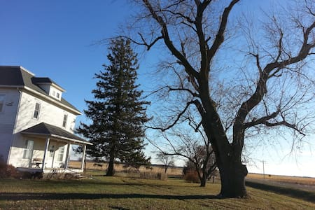 Historic house on the prairie - Webster City - Leilighet