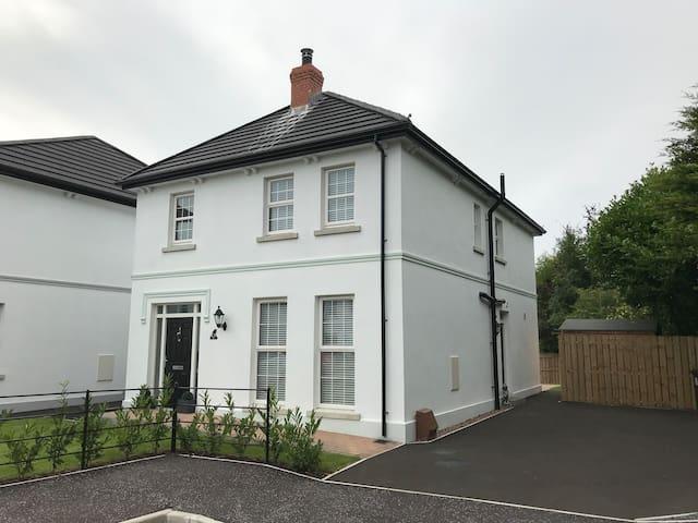 Cassy's Cottage 8 Beech Tree Grove Ballymoney