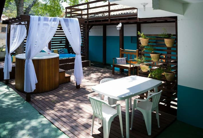 Residencial Agatha em Bombinhas-SC. Suíte 02