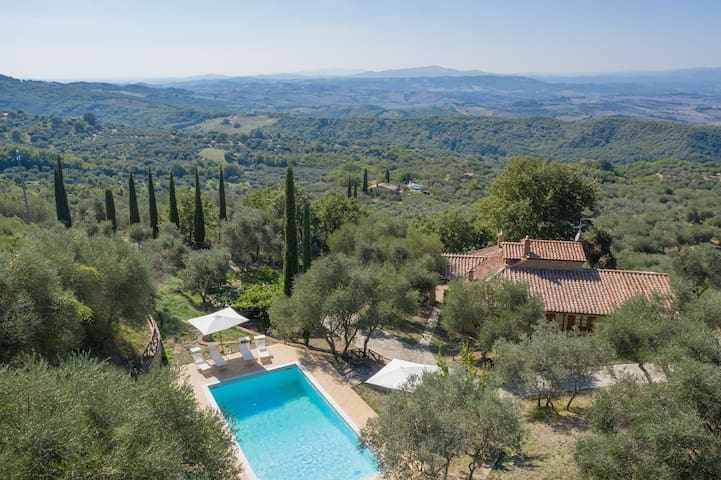 BanStone Villa with with private pool and garden.