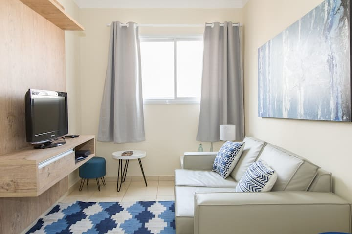 Apartment fully furnished, bright and decorated!