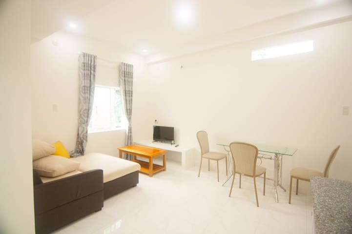 MAY House - Cozy apartment near beach (West) GF