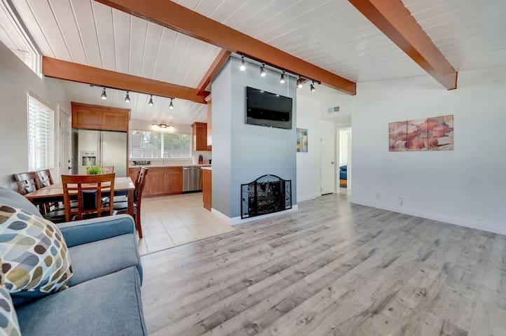 Cozy Spacious CA Home - Disney/Knotts/LA-20ppl