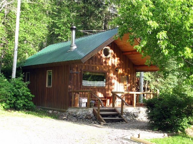 Moberly Cabin