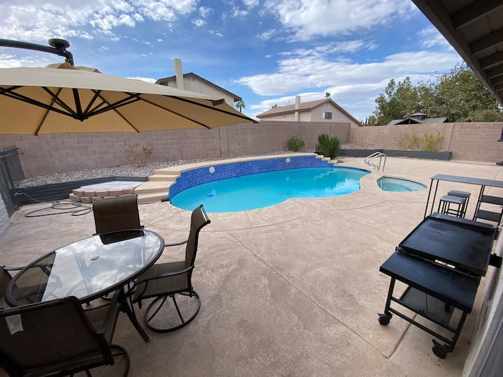 ***WOW!!! LQQK @ this Oasis. Spectacular - 5bd 3ba
