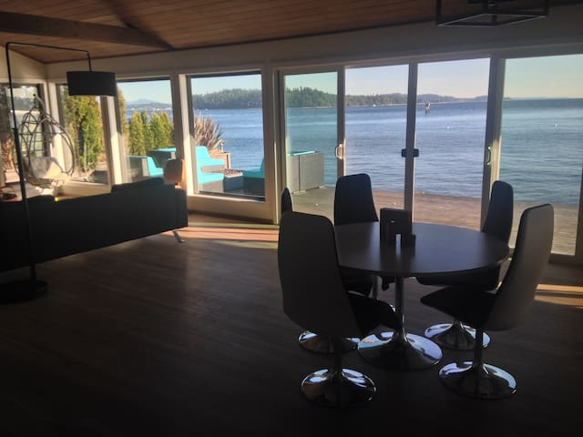 Mod Waterfront Retreat - An all new level of ahhhh - Vashon - Dům