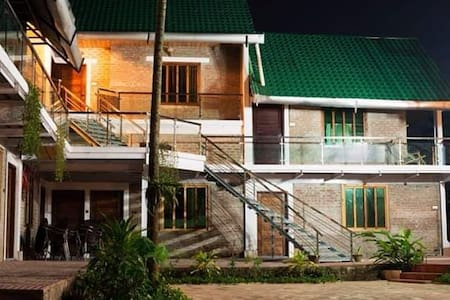 Sampan Beach Resort
