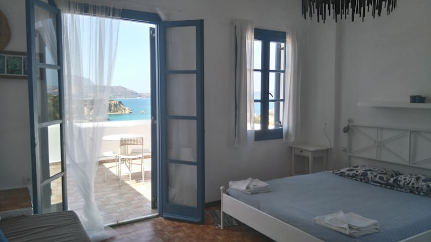 7 Olives Apt, superb, double bed, amazing sea view - Almyrida - Leilighet