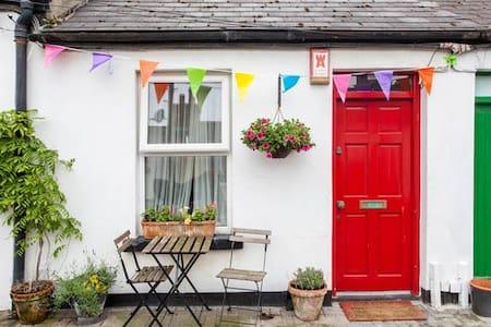 City Centre Artisan Cottage - Dublin