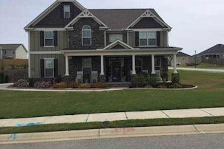 4 Bedroom home 10 Minutes from Augusta National