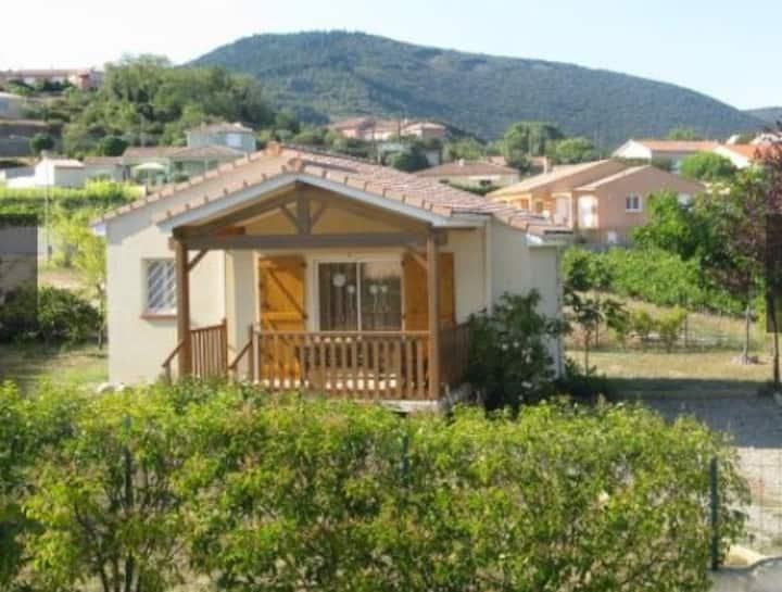 Villa individuelle sur terrain clôturé