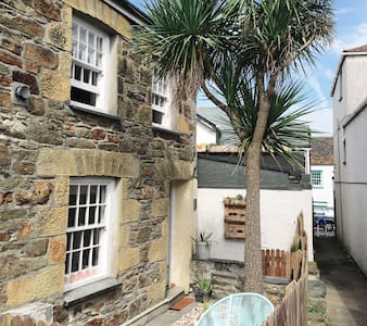 Cosy cottage in harbour area of Newquay