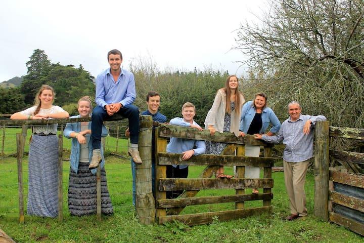 The Hughes Whanau/Family