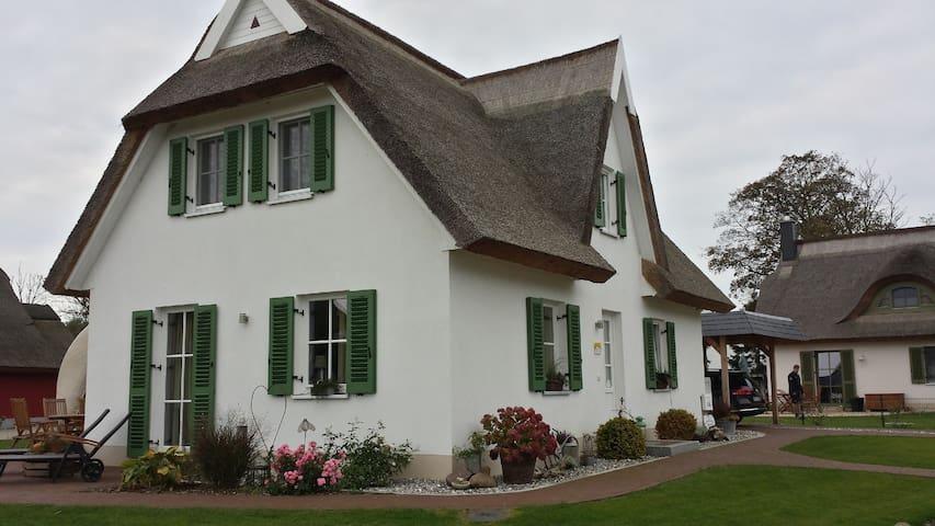 Ferienhaus für 6 Gäste mit 106m² in Ummanz (122459)