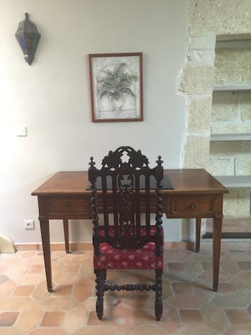 Maison de charme villageoise - Saint-Hilaire-d'Ozilhan - Casa