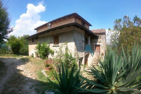 Casa colonica Caiazzo