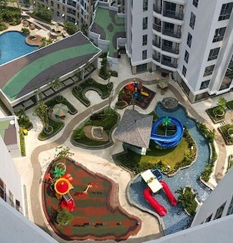 kiddy play swimming pool