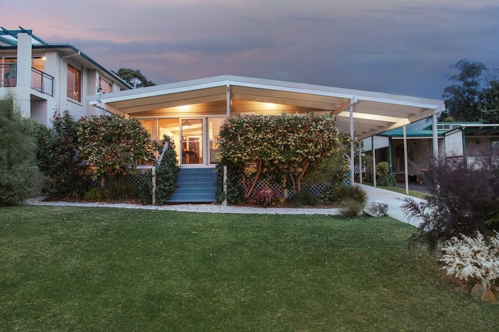 'Minerva Cottage Jervis Bay'- Cosy Couples Retreat