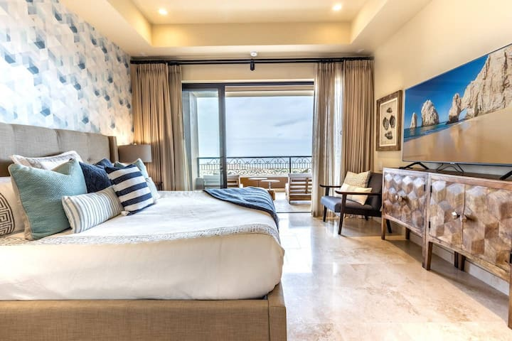 Favorite! Ocean View Condo with Luxury Amenities