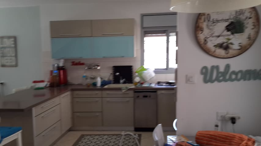 Family friendly beautiful home with  a garden - Modi'in-Maccabim-Re'ut - Casa