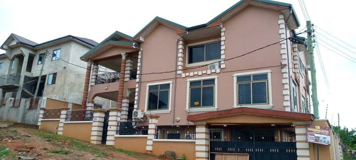 Akosombo Royal Guesthouse this house is Township