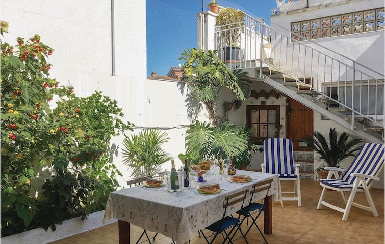 Holiday apartment with 3 bedrooms on 140m² in Pineda de Mar