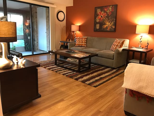 Spacious & Serene 3BR+ Garden Condo FREE Parking